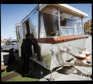 modernism_week_bluesteel_airstream_Photobooth_11