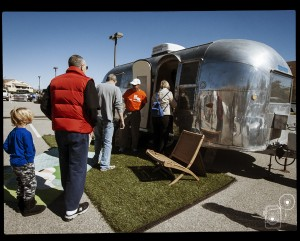 modernism_week_bluesteel_airstream_Photobooth_13